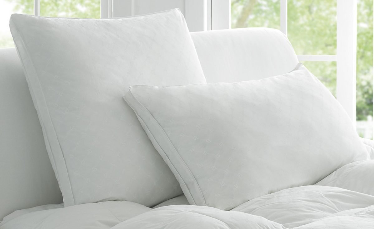 deluxe_dream_pillow_white_1